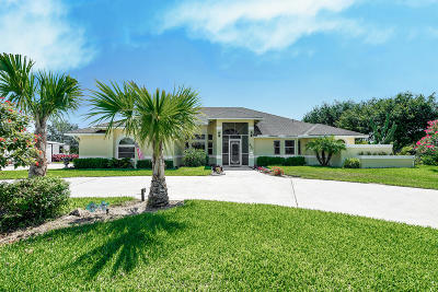 West Palm Beach Single Family Home For Sale: 970 Whippoorwill Trail