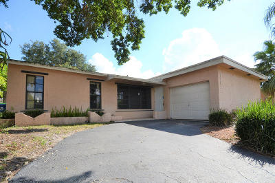 Sunrise Single Family Home For Sale: 11911 NW 29 Place