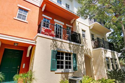 Pompano Beach Townhouse For Sale: 614 SW 1st Lane