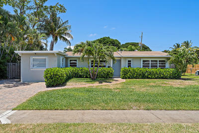North Palm Beach Single Family Home For Sale: 836 Cinnamon Road