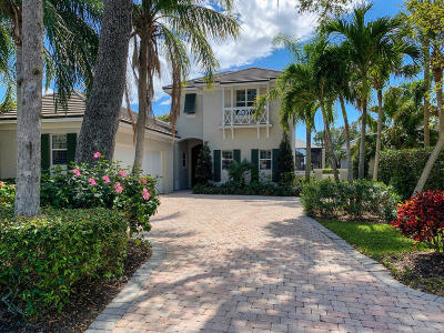 Vero Beach Single Family Home For Sale: 130 Lakeview Way