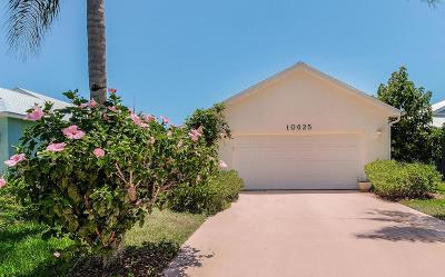 Hobe Sound Single Family Home For Sale: 10625 SE Rosemarie Court
