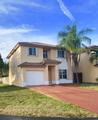 Miami-Dade County Single Family Home For Sale: 8797 SW 214th Lane