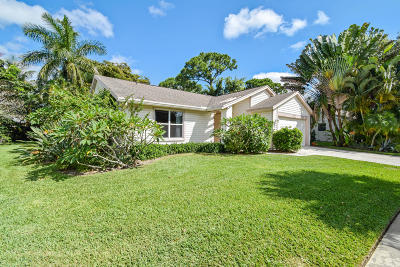 Jupiter Single Family Home For Sale: 114 Timberline Drive