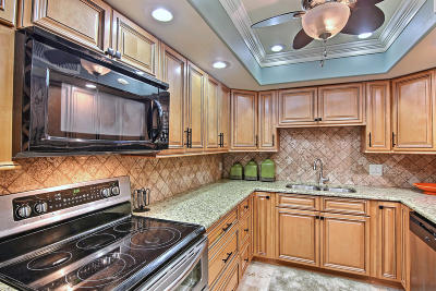 Hutchinson Island Townhouse For Sale: 3501 Highway A1a