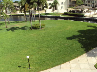 Palm Beach Gardens Condo For Sale: 11811 Avenue Of The Pga #6-3-A