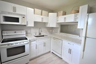 Royal Palm Beach Single Family Home For Sale: 12006 Poinciana Boulevard #101