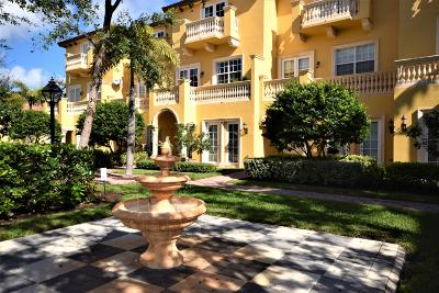 Boca Raton Townhouse For Sale: 525 NE 69th Circle
