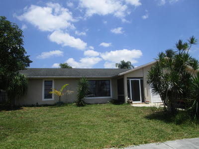 Royal Palm Beach Single Family Home For Sale: 206 Cordoba Circle