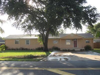 Okeechobee Single Family Home For Sale: 3012 SE 18th Terrace