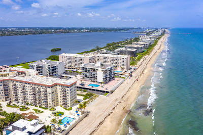 Palm Beach Condo For Sale: 3475 S Ocean Boulevard #1090