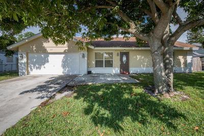 Boynton Beach Single Family Home For Sale: 977 NW 9th Street
