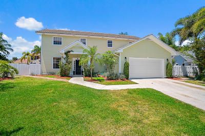 Tequesta Single Family Home For Sale: 97 Beechwood Trail
