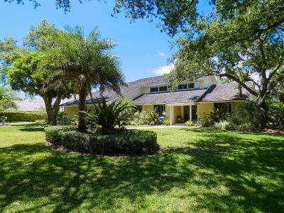 Tequesta Single Family Home For Sale: 18600 SE River Ridge Road