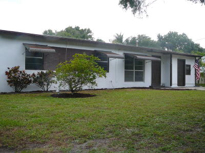 Fort Pierce Single Family Home For Sale: 715 Azalea Avenue