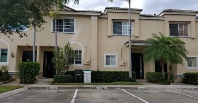 Coconut Creek Townhouse For Sale: 4727 NW 57th Place