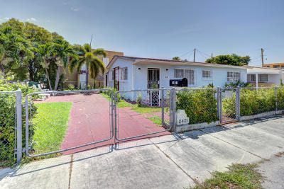 Miami Single Family Home For Sale: 2401 SW 31st Avenue