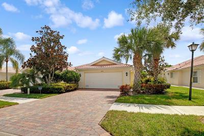 Hobe Sound Single Family Home For Sale: 8713 SE Retreat Drive