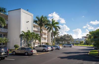 Boca Raton Condo For Sale: 2084 Yarmouth E #2084