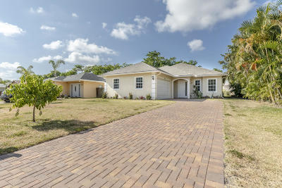 North Palm Beach Single Family Home For Sale: 1708 Pleasant Drive
