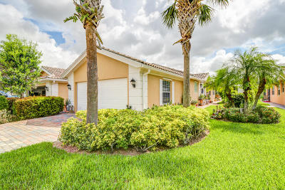 Port Saint Lucie Single Family Home For Sale: 11207 SW Pembroke Drive