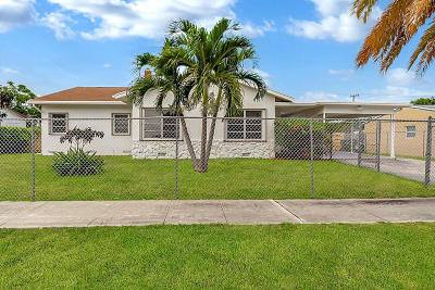 Delray Beach Single Family Home For Sale: 125 SW 9th Street
