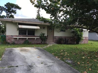 Port Saint Lucie Single Family Home Contingent: 143 SW Lakehurst Drive