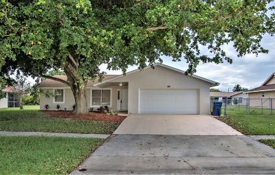Royal Palm Beach Single Family Home For Sale: 296 La Mancha Avenue