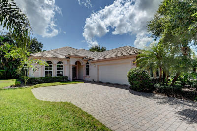 Jensen Beach Single Family Home For Sale: 4517 NW Red Bay Circle Circle