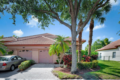 Palm Beach Gardens Townhouse For Sale: 1005 Via Jardin