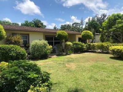 Stuart Single Family Home For Sale: 3240 SE Fairmont Street
