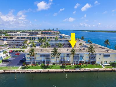 North Palm Beach Condo For Sale: 100 Doolen Court #310