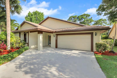 Jupiter Single Family Home For Sale: 5863 Stonewood Court