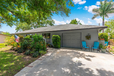 Stuart Single Family Home Contingent: 864 NW 12th Terrace