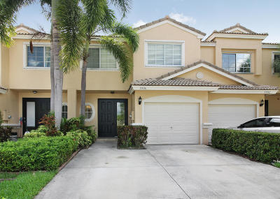 Coconut Creek Townhouse For Sale: 5906 NW 47th Terrace