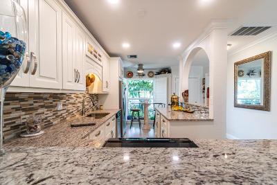 Delray Beach Single Family Home For Sale: 13831 Via Flora #A