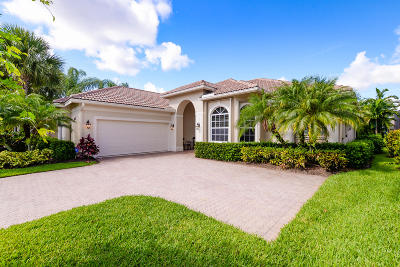 Port Saint Lucie Single Family Home For Sale: 8837 One Putt Place