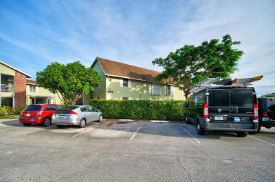 Palm Beach Gardens Condo For Sale: 12070 Alternate A1a #d3