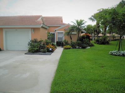 Boynton Beach Single Family Home For Sale: 5743 Royal Lake Circle