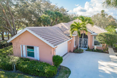 Jupiter Single Family Home For Sale: 100 E Hampton Way