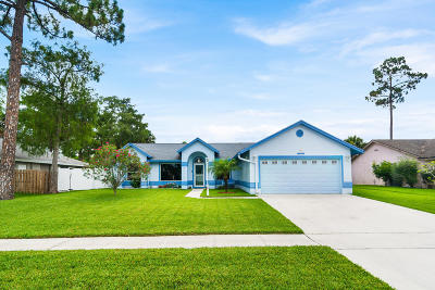 Royal Palm Beach Single Family Home Contingent: 137 Queens Lane