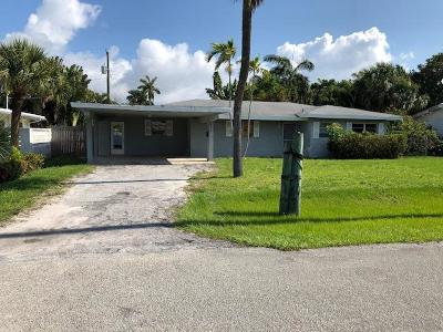 Boynton Beach Single Family Home For Sale: 631 Las Palmas Park