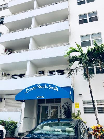 Rental For Rent: 2900 Banyan Street #102