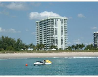 Fort Pierce Condo For Sale: 2700 Highway A1a #1206
