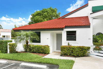 Deerfield Beach FL Single Family Home For Sale: $229,000