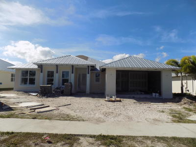 St Lucie County Single Family Home For Sale: 3929 Shoreside Drive