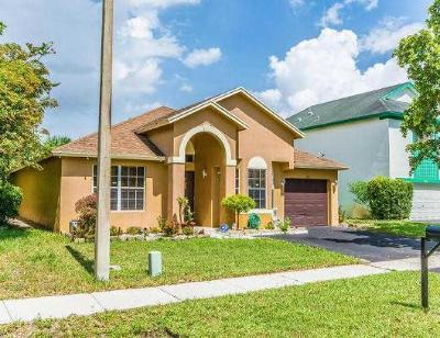 Pembroke Pines Single Family Home Contingent