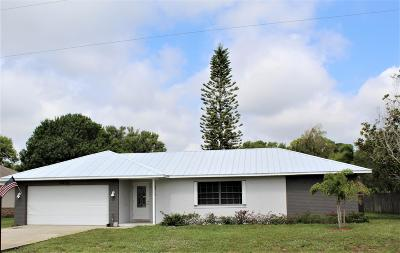 Fort Pierce Single Family Home For Sale: 5205 Eagle Drive