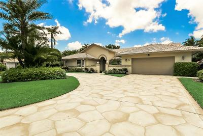 Boynton Beach Single Family Home For Sale: 52 Northwoods Lane