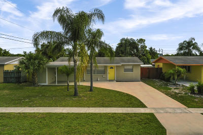 Palm Beach Gardens Single Family Home Contingent: 3697 Holiday Road